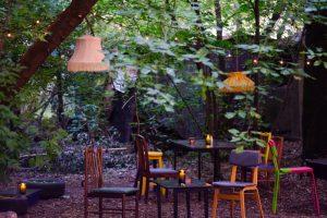 В кластере «Вавилов Лофт» на Васильевском острове открыли веганское кафе Polkilo. Там готовят полукилограммовые порции еды