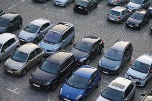 Когда парковка в центре Петербурга станет платной? Отвечает комитет по транспорту