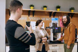 Как устроен петербургский рынок труда в IT? И чем заинтересовать крупную компанию, если у вас нет опыта? Рассказывают HR-специалисты Semrush, «ВКонтакте» и DINS