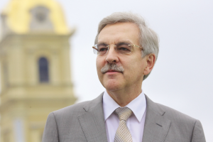Александр Шишлов покинет пост уполномоченного по правам человека в Петербурге