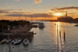Что известно о продаже зданий на территории Речного яхт-клуба. Там могут провести редевелопмент — но клуб обещают сохранить
