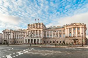 Волонтеры полгода наблюдали за предвыборной кампанией в Петербурге — и рассказывают, как она превратилась в имитацию