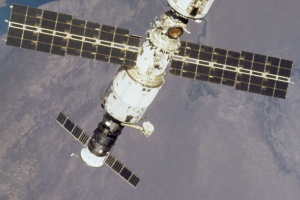 В российском модуле МКС ночью сработала пожарная сигнализация. Астронавты сообщили о задымлении