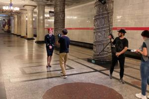 Петербургский метрополитен теперь в TikTok. Смотрите видео о жизни станций (в ролике о «Пионерской» сотрудники танцуют в красных галстуках)
