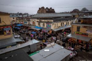 В Петербурге ликвидируют АО «Апраксин двор». Арендаторов рынка выселяют