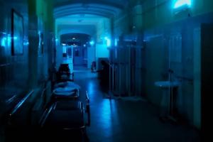 В здании Покровской больницы сломались оба аппарата КТ, которые используют для определения состояния пациентов с COVID-19. Стационар перегружен