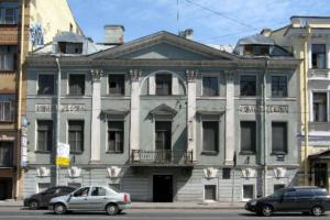 Власти готовят документы для приватизации дома Брюллова на Кадетской линии. Его могут выставить на продажу