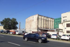 Суд разрешил снос «склада-холодильника» на улице Шкапина. Летом градозащитникам удалось приостановить разрушение здания