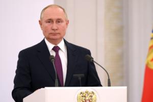 Путин сегодня приедет в центр Петербурга. Ждете пробки на дорогах?