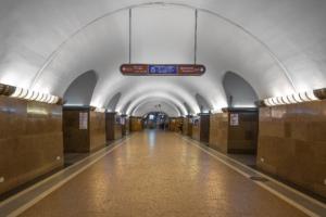 Один из вестибюлей станции метро «Площадь Ленина» будут закрывать по будням до конца 2021 года