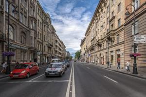 «ВКонтакте» запустила бесплатную аудиоэкскурсию по объектам уличного искусства на Петроградской стороне 👟👟