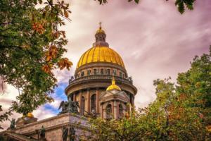 Петербург признан лучшим городом по версии журнала GQ. Претендентами на эту награду также были Москва и Казань